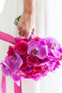 The bouquet, rosas y orquideas